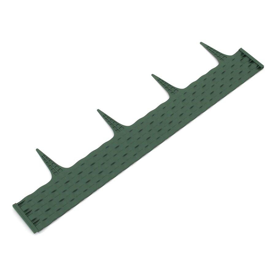 Zelený plastový palisádový zahradní obrubník FLOMA Ratan - délka 80 cm a výška 8 cm