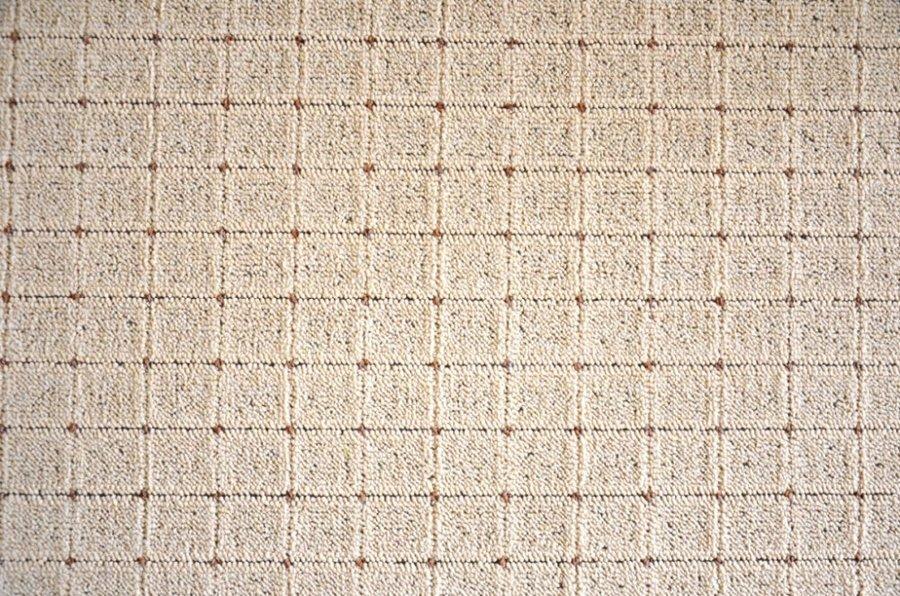 Béžový metrážový koberec Udinese - šířka 400 cm