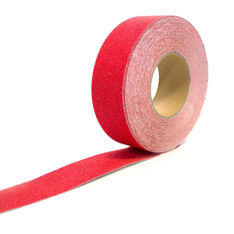 Červená korundová protiskluzová samolepící podlahová páska - délka 18,3 m a šířka 5 cm