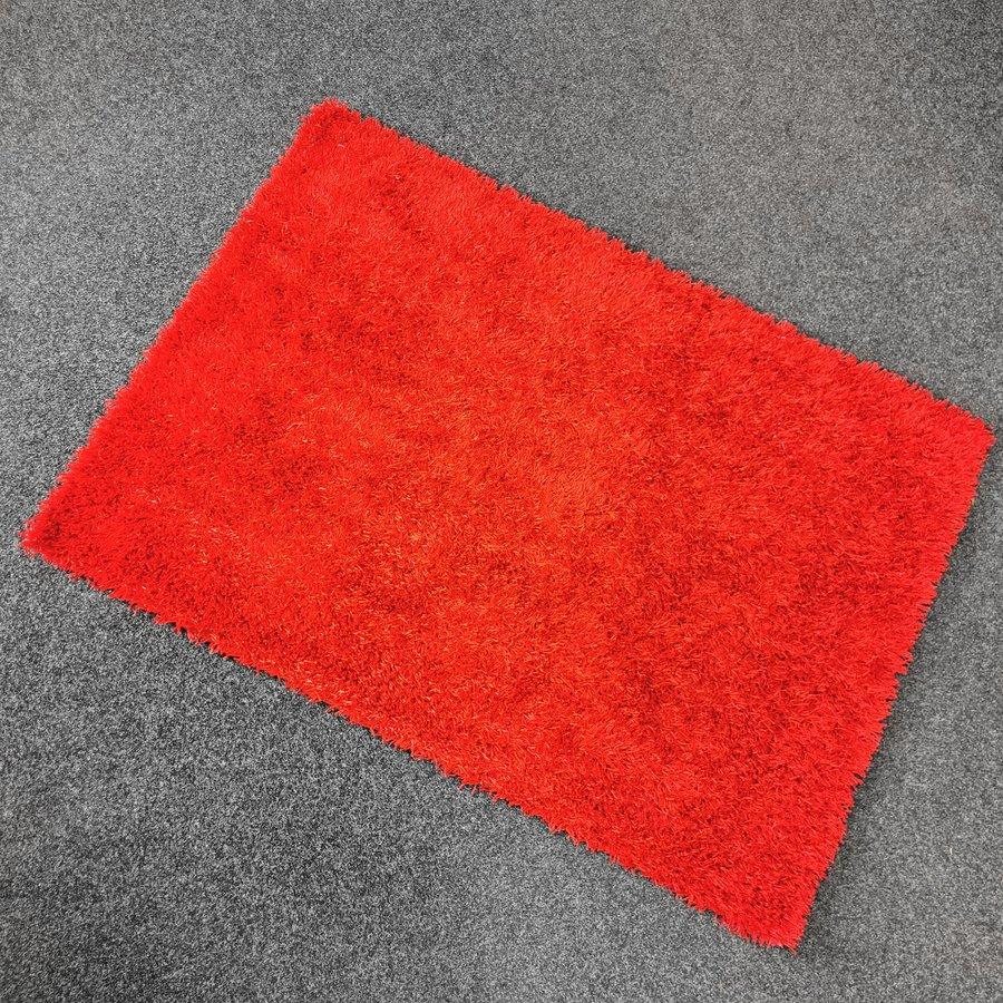 Červený kusový koberec Rosa - délka 200 cm a šířka 140 cm