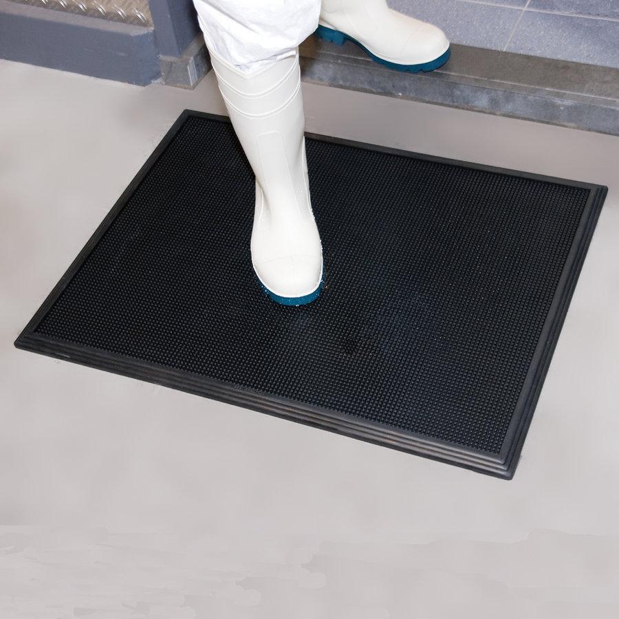 Černá gumová hygienická dezinfekční rohož Sani-Trax - délka 81 cm, šířka 61 cm a výška 1,9 cm