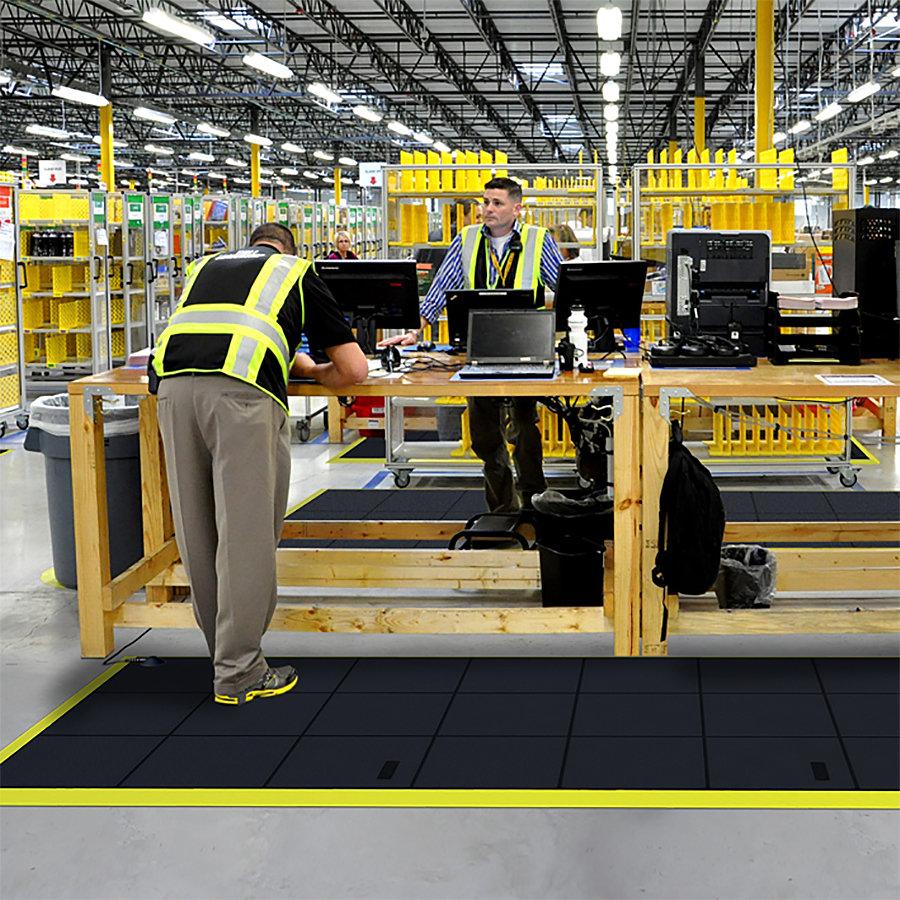 Černá gumová průmyslová modulová rohož Cushion Ease Solid ESD - délka 91 cm, šířka 91 cm a výška 1,9 cm