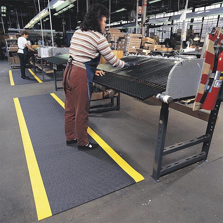Černo-žlutá protiúnavová průmyslová rohož Sof-Tred Plus - šířka 91 cm a výška 0,94 cm