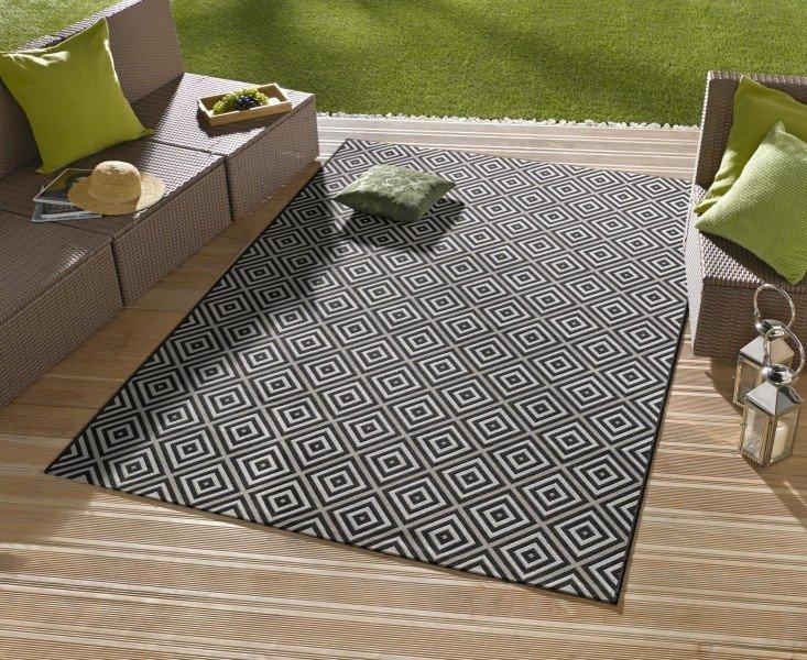 Černý kusový moderní koberec Meadow