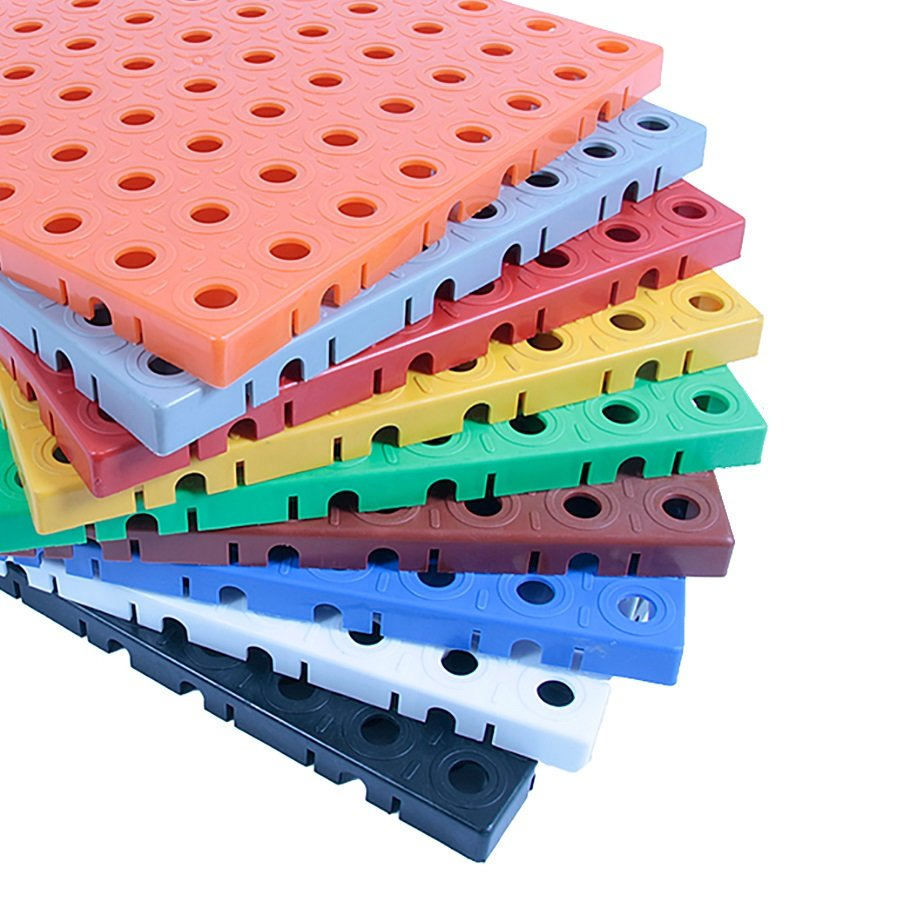 Zelená plastová modulová dlaždice AvaTile - délka 25 cm, šířka 25 cm a výška 1,6 cm