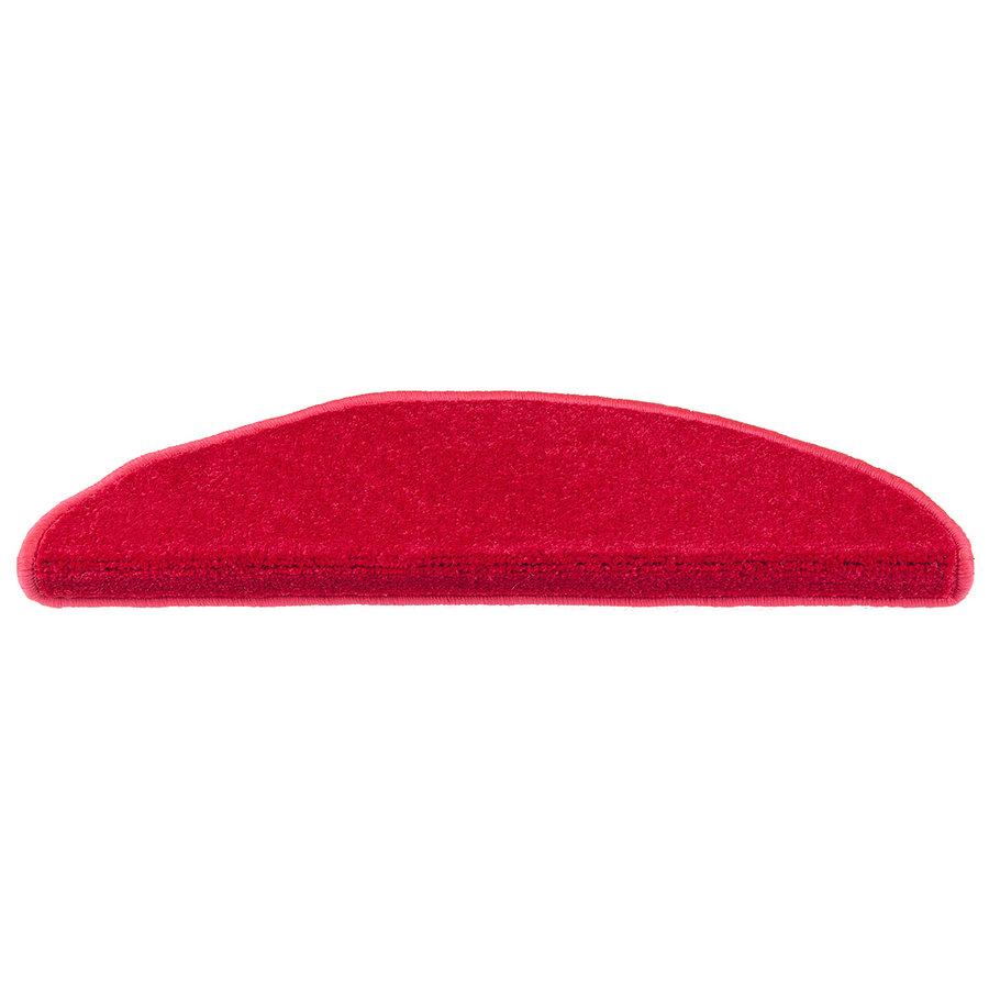 Červený kobercový půlkruhový nášlap na schody Eton - délka 20 cm a šířka 65 cm
