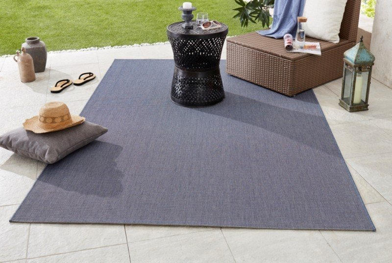 Modrý kusový koberec Meadow
