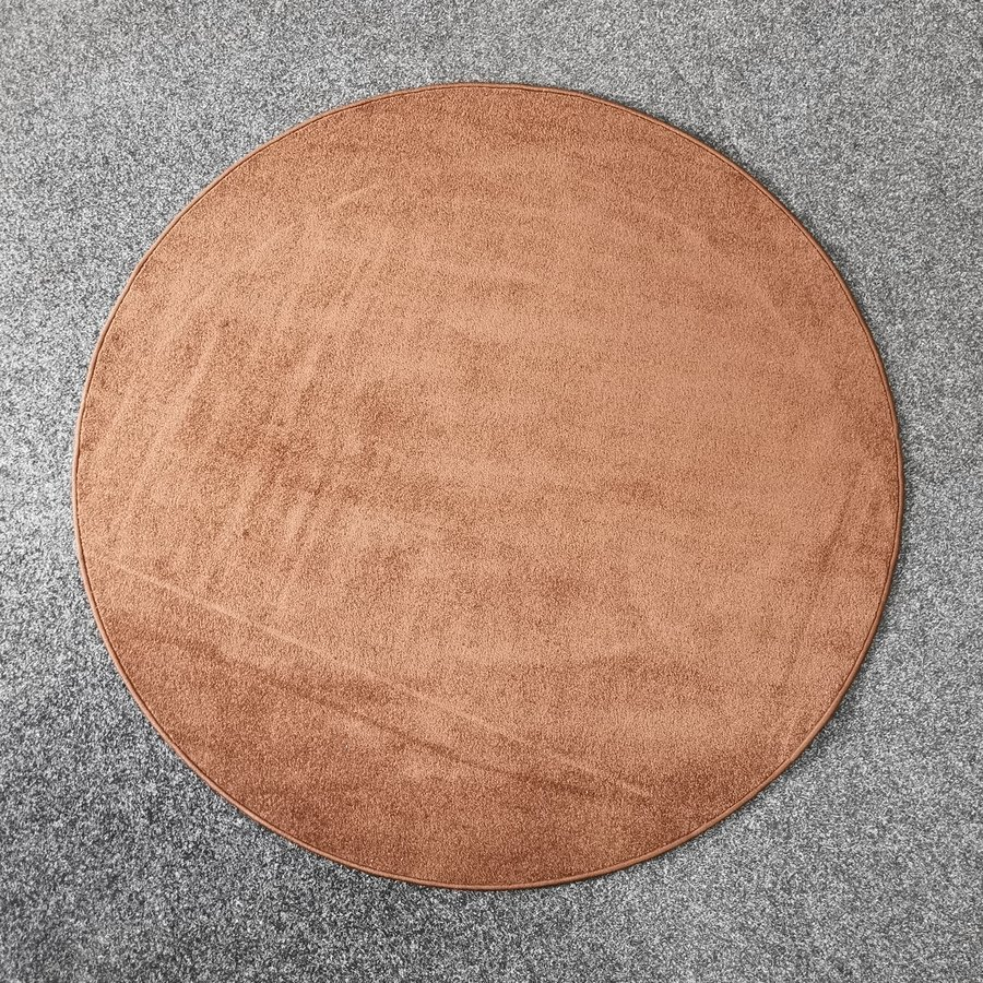Hnědý kusový kulatý koberec Eton - průměr 160 cm