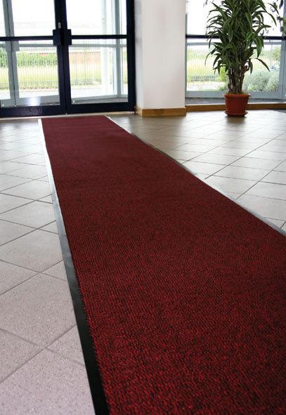 Šedá textilní čistící vnitřní vstupní rohož - délka 90 cm, šířka 120 cm a výška 0,7 cm