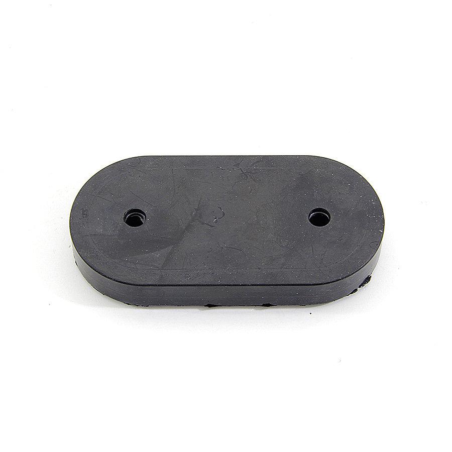 Černý pryžový doraz na rampu FLOMA - délka 11,8 cm, šířka 6 cm a tloušťka 1,7 cm