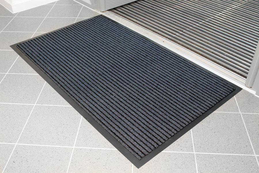 Modrá textilní vnitřní čistící vstupní rohož - délka 60 cm, šířka 90 cm a výška 0,7 cm