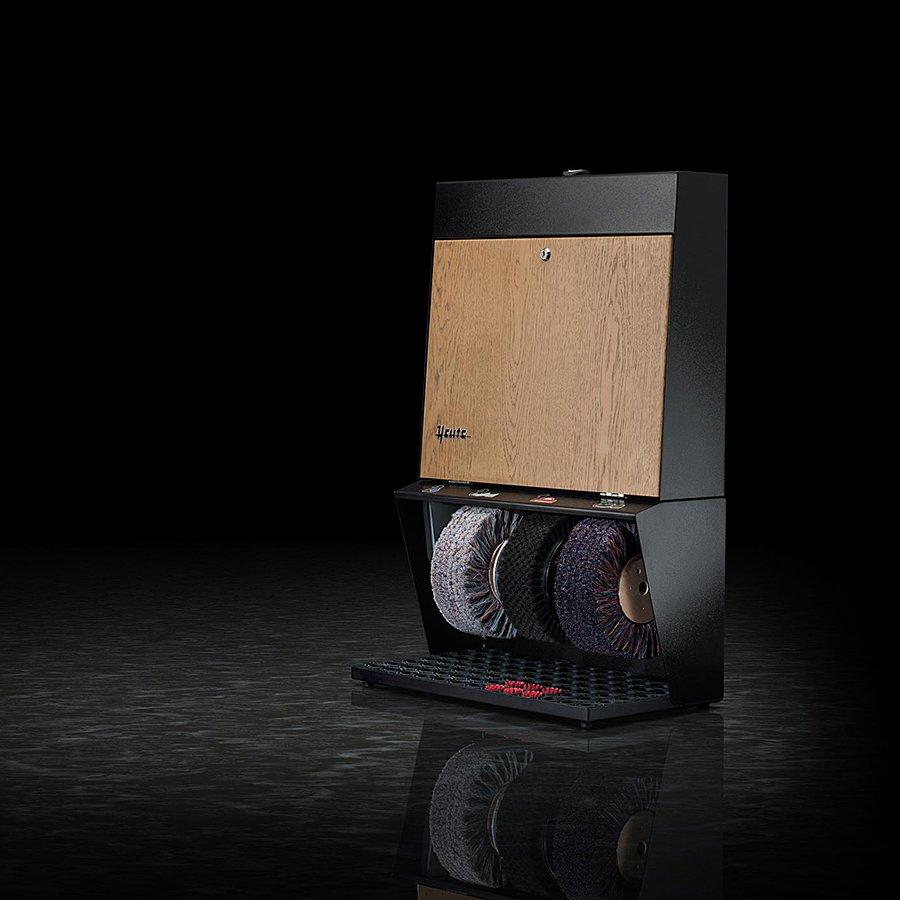 Černo-hnědý čistič bot Polifix 3, Heute (světlý dub)