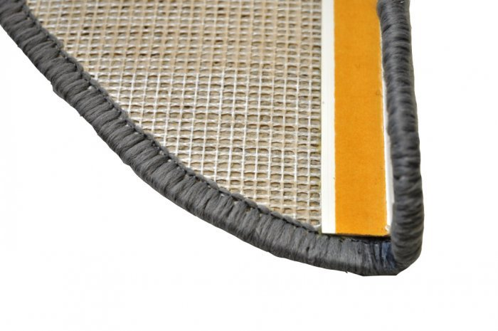 Šedý kobercový půlkruhový nášlap na schody Eton - délka 20 cm a šířka 65 cm