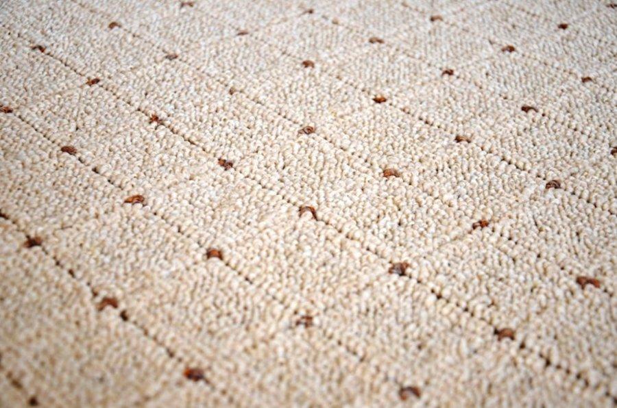 Béžový koberec Udinese
