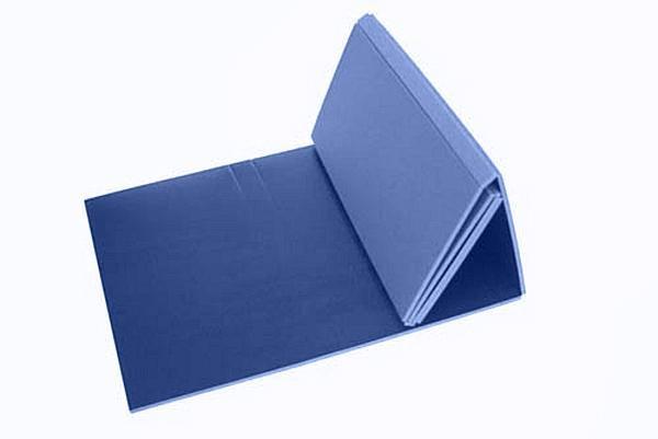 Modrá pěnová karimatka 02 - délka 180 cm, šířka 50 cm a výška 0,8 cm