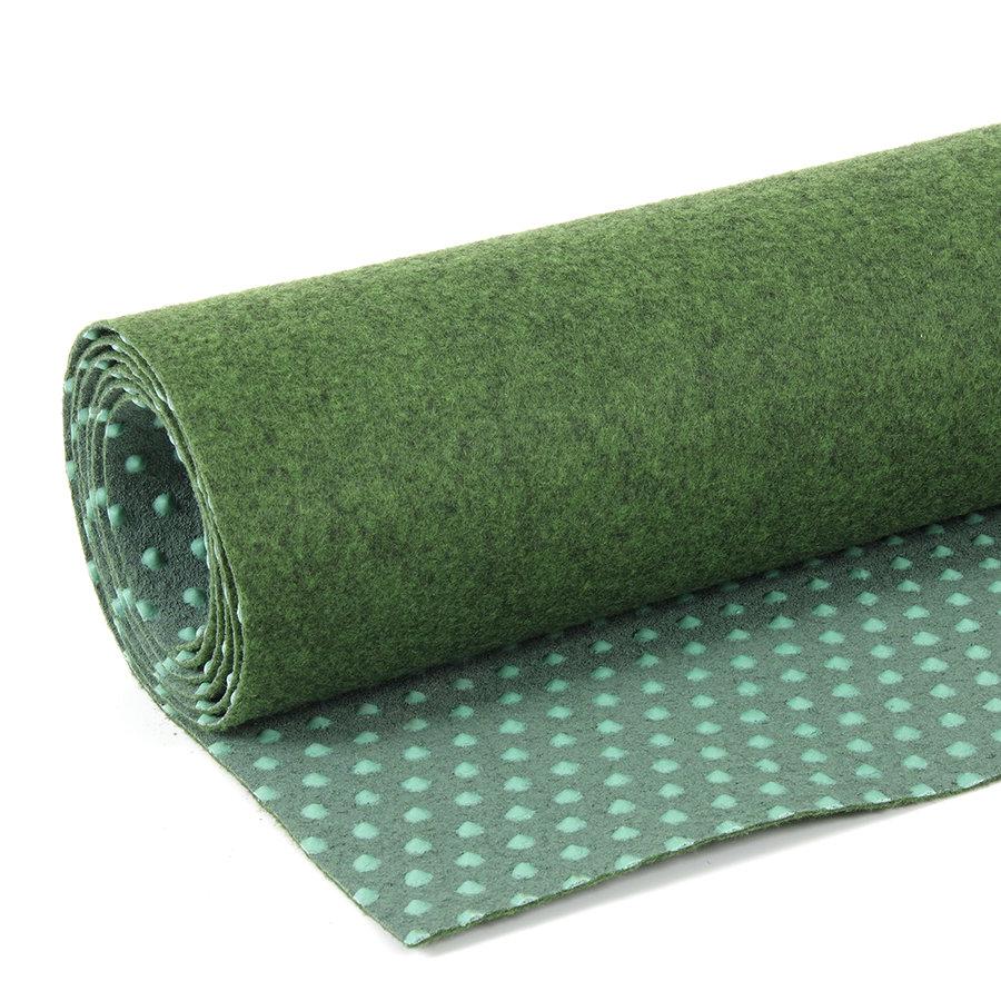 Zelený metrážový travní koberec Basic - výška 0,4 cm