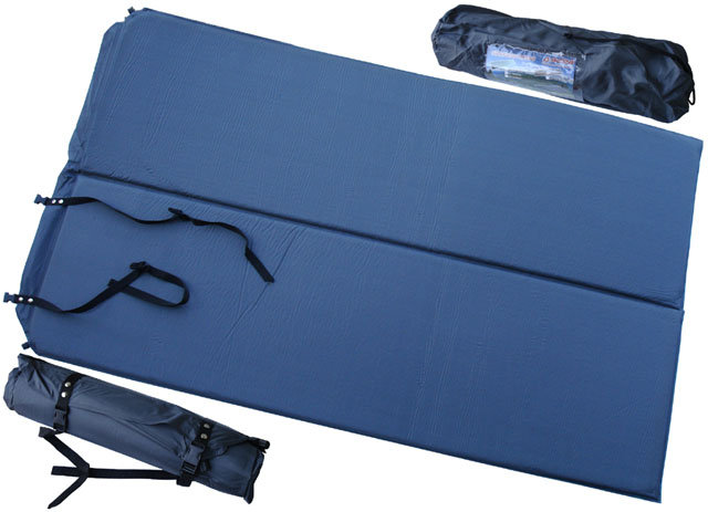 Modrá samonafukovací karimatka - délka 186 cm, šířka 110 cm a výška 2,5 cm