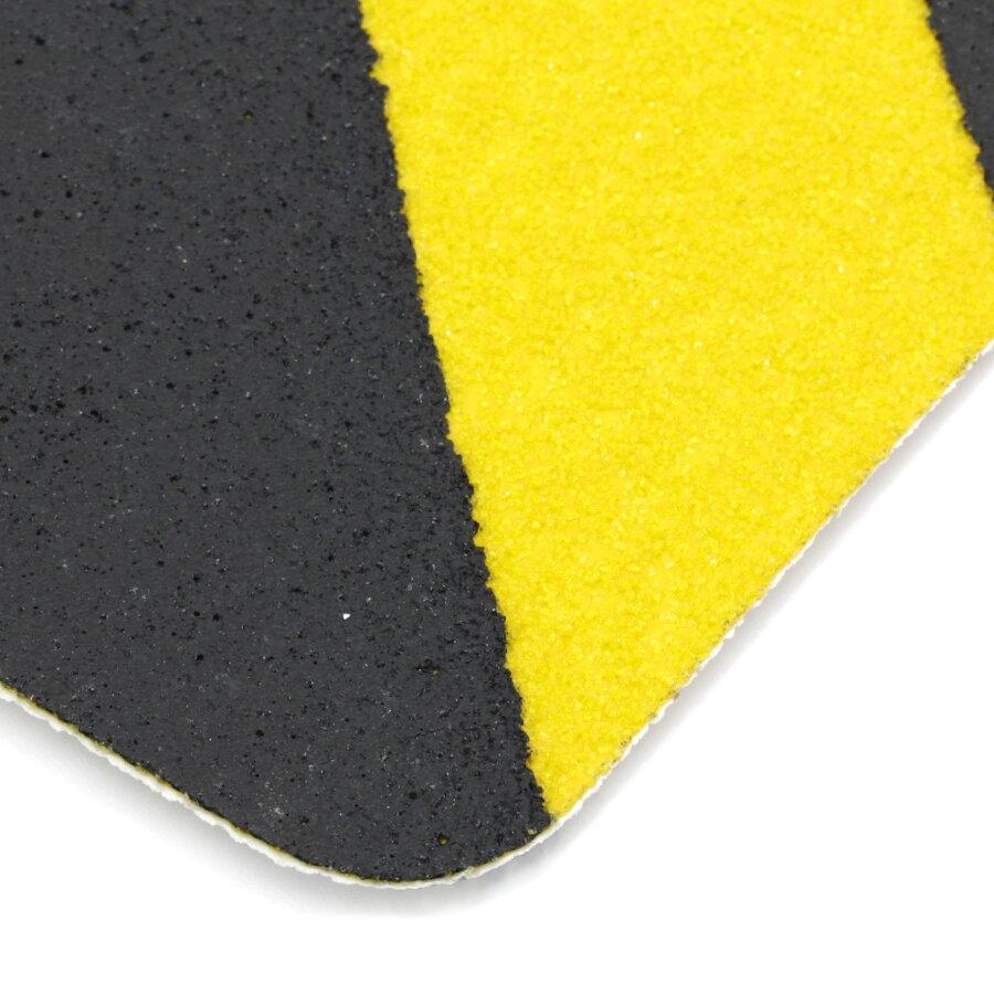 Černo-žlutá korundová protiskluzová páska (pás) FLOMA Super Hazard - délka 15 cm, šířka 61 cm a tloušťka 1 mm