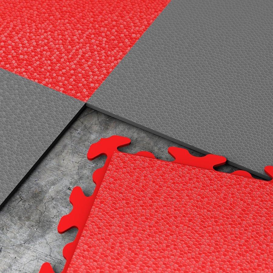 Plastové dlaždice Fortelock ve verzi Invisible - červená a grafitová barva, dezén hadí kůže.